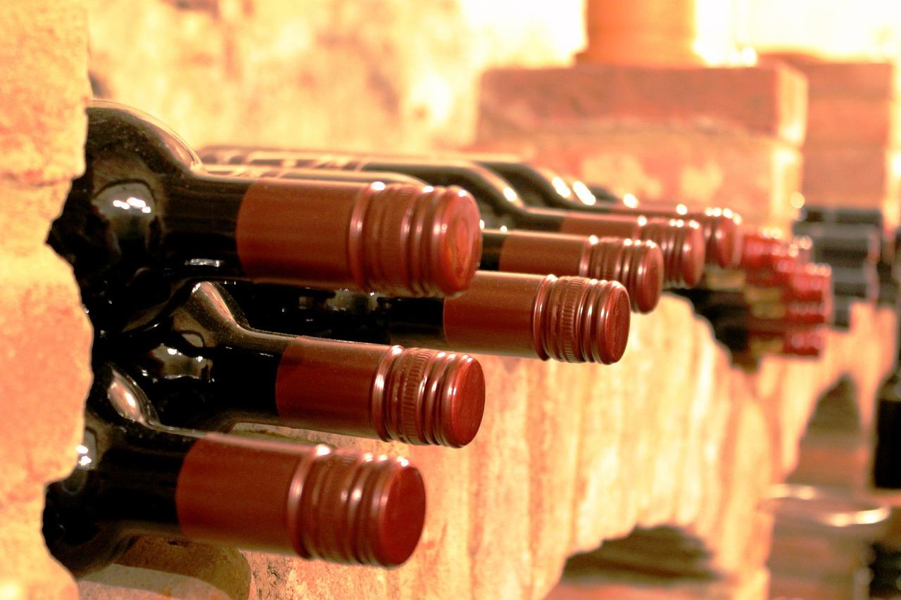 Semplici consigli per abbinare il vino al cibo
